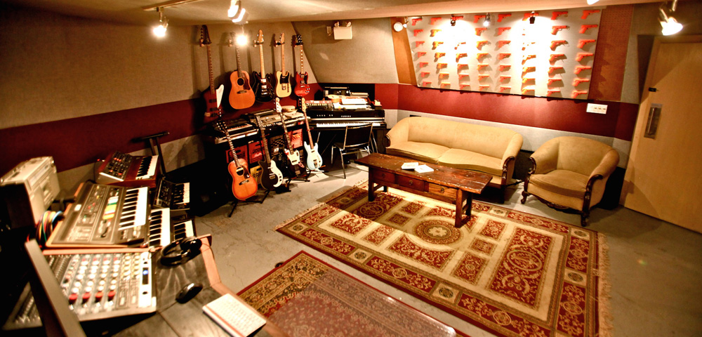 Taurus recording toronto based recording studio for Recording studio flooring
